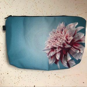 💄Pink flower on aqua makeup pouch bag canvas